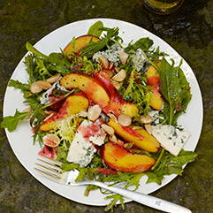 nectarine and blue cheese salad with plum vinaigrette